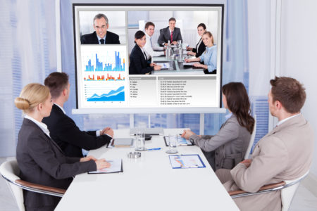 Zoomでビデオ会議を行っていますか?